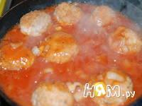 Приготовление тефтелей из семги  в томатном сойсе: шаг 10