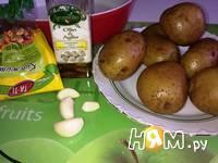 Приготовление  картошки с кунжутом и соусом: шаг 2