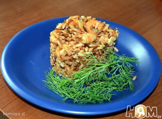 Рис с креветками в томатном соусе