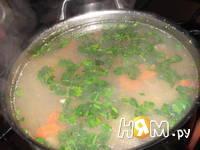 Приготовление картофельного супа с зеленым горошком: шаг 3