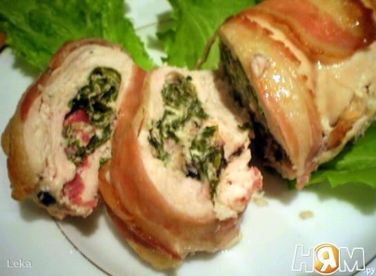 Куриные грудки, фаршированные грибами и шпинатом