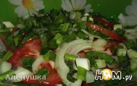 Салат из помидор с мятой