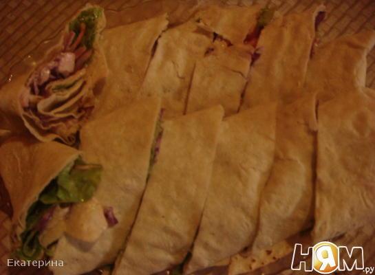Рецепт Рулет с овощами и копченой грудинкой