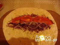 Приготовление рулета с овощами и копченой грудинкой: шаг 9