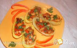 Лодочки из картофеля с фасолью и мясом