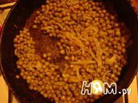 Приготовление пасты с беконом и горошком: шаг 2