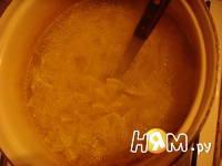 Приготовление пасты с беконом и горошком: шаг 6