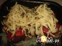 Приготовление отбивной под шампиньонами и сыром: шаг 5