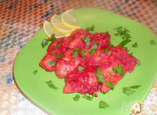 Куриное филе в свекольно-цитрусовом соусе