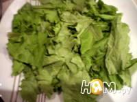 Приготовление салата со свеклой и сельдью под соусом: шаг 6