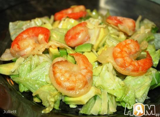 Рецепт Зеленый салат с креветками в кляре