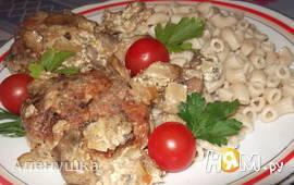 Куриные котлеты под грибным соусом