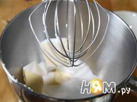 Приготовление ванильных капкейков: шаг 2