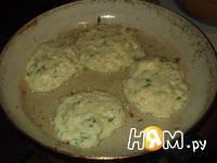 Приготовление оладий из кабачка с сыром: шаг 4