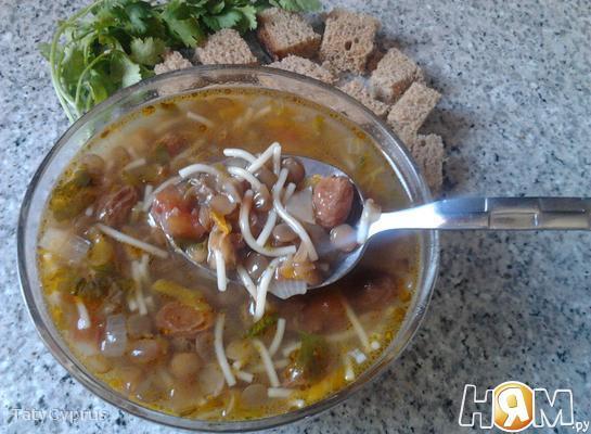 Рецепт Суп из чечевицы с изюмом