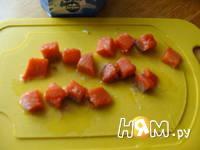 Приготовление салата с семгой и сыром дор блю: шаг 3