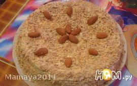 Торт из бисквитных коржей с лимонным кремом