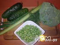 Приготовление салата из капусты брокколи: шаг 1