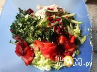 Приготовление овощного салата с курицей: шаг 6