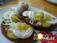 Приготовление бутербродов с шампиньонами: шаг 10