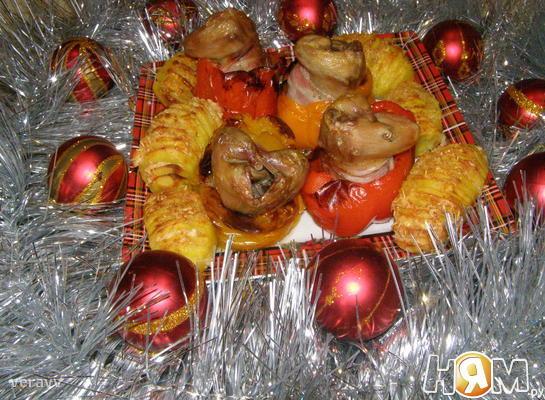 Перепела праздничные в перцах