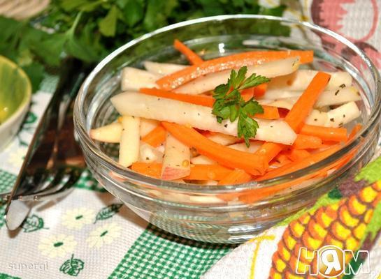 Рецепт Салат из кольраби с яблоком и морковью