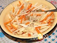 Приготовление салата из капусты кольраби: шаг 4