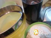Приготовление шоколадных макаронс: шаг 2
