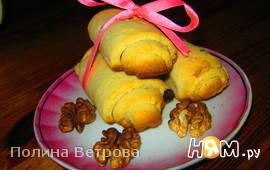 Трубочки с орешками и  с изюмом