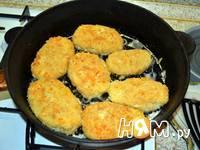 Приготовление сырно-ореховых котлет: шаг 4