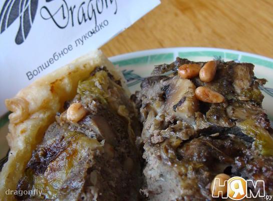 Пирог с печенью и брюссельской капустой