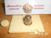 Приготовление салата с тунцом,яйцом и огурцом: шаг 8