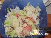 Приготовление салата с яйцами и айсбергом: шаг 6