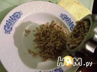 Приготовление яиц фаршированных орехами: шаг 5
