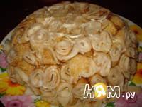 Приготовление салата Роза из блинов: шаг 5