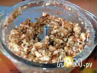 Приготовление блинов с орехами: шаг 3