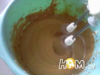 Приготовление вафельного торт со сгущенкой: шаг 4