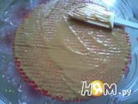 Приготовление вафельного торт со сгущенкой: шаг 5