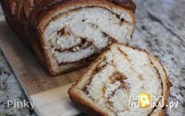 Сладкий хлеб с варенной сгущенкой и орехами