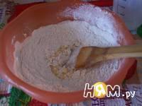 Приготовление молочных коржиков: шаг 4