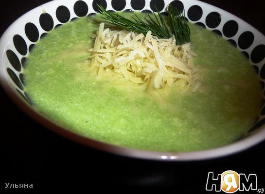 Сырно-молочный суп с брокколи