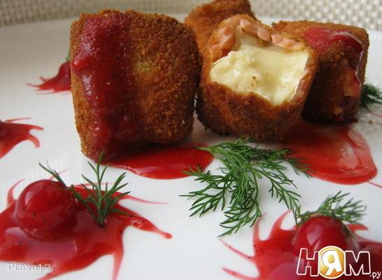 """Сыр с лососем и вишневым соусом ( """"Манхеттен"""")"""