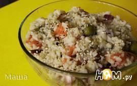 Острый рисовый салат с лососем