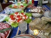 Приготовление рыбного салата в тарталетках: шаг 7