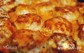 Курино-свинные тефтели,запеченные в соусе