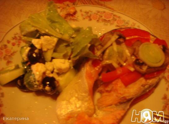 Рецепт Семга,запеченная в фольге с овощами,на мангале