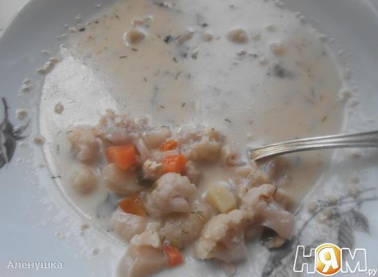 Рецепт Сырный суп с грецким орехом