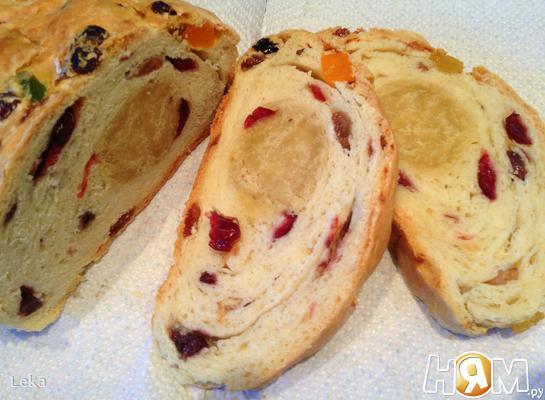 Паасброд- нидерландский пасхальный хлеб