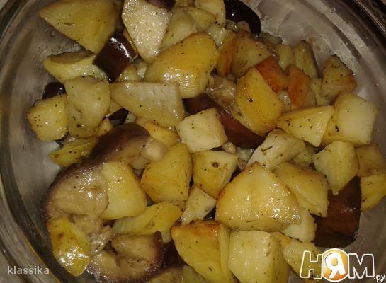 Баклажаны с картофелем в духовке