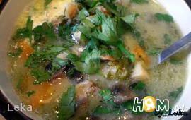 Грибной суп с щавлем и шпинатом